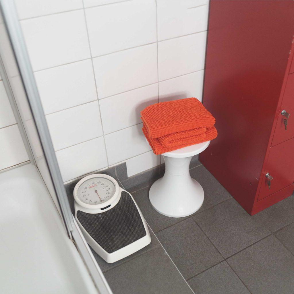 Jaffestudio Duschbad und Toilette